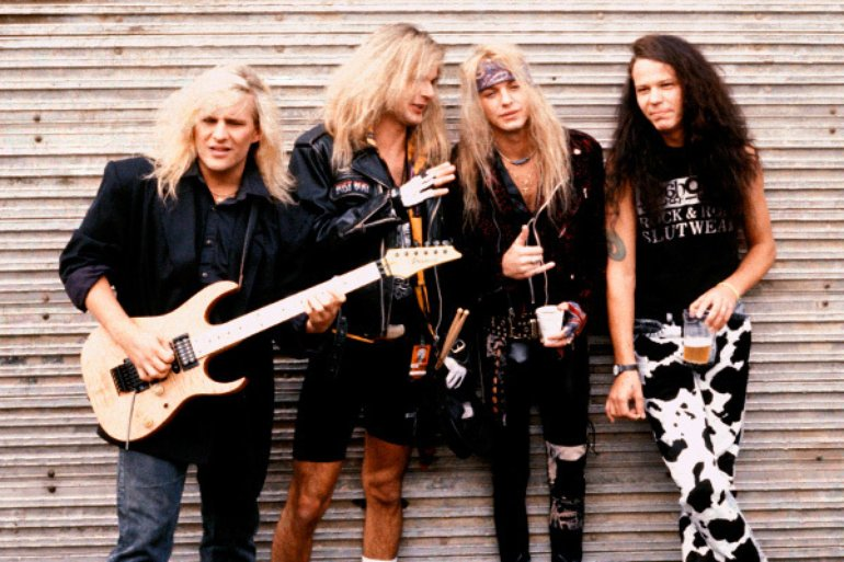 Poison on Monsters Of Rock 1990