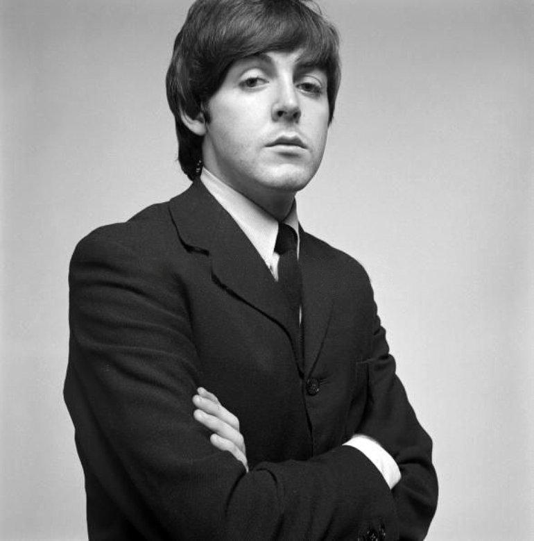 Paul McCartney 538315469c1e4ddcb39079e6a2cb4d1b