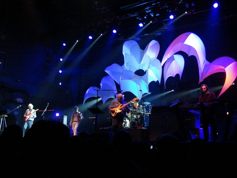 Yes -  In The Present Tour 2008