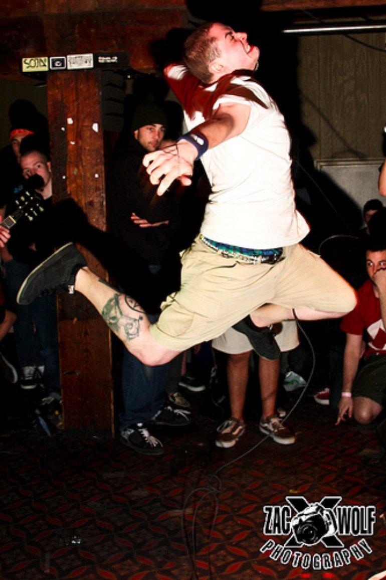 Thrash Jump!