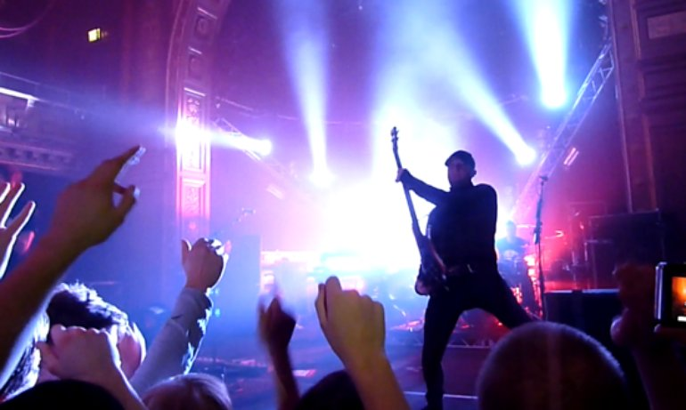 Pendulum @ Berns Sweden - Photo by Daxxe