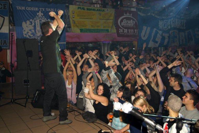 Płoccy Kibice Pomagają 3.XII.2010
