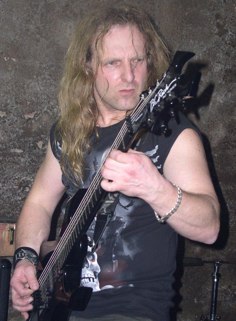 Assesor, Moriorr, Avenger - Hells Bells, Praha (14.4.2006)