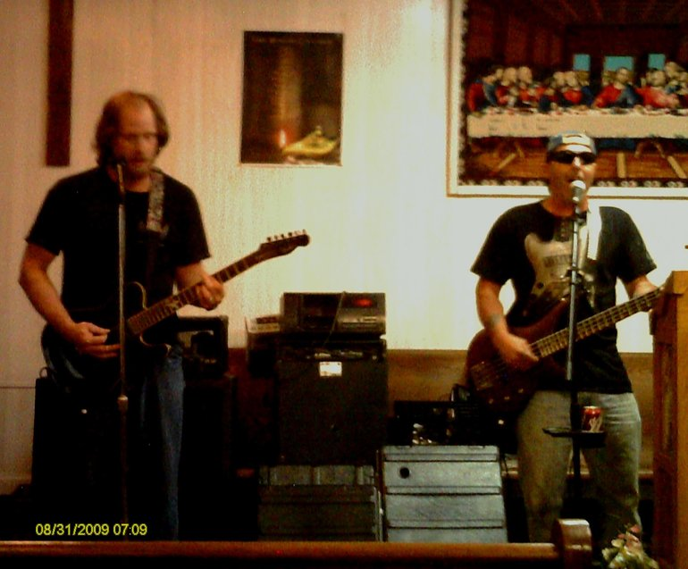 Bunky Moore and former guitarist Dave Prather during video shoot