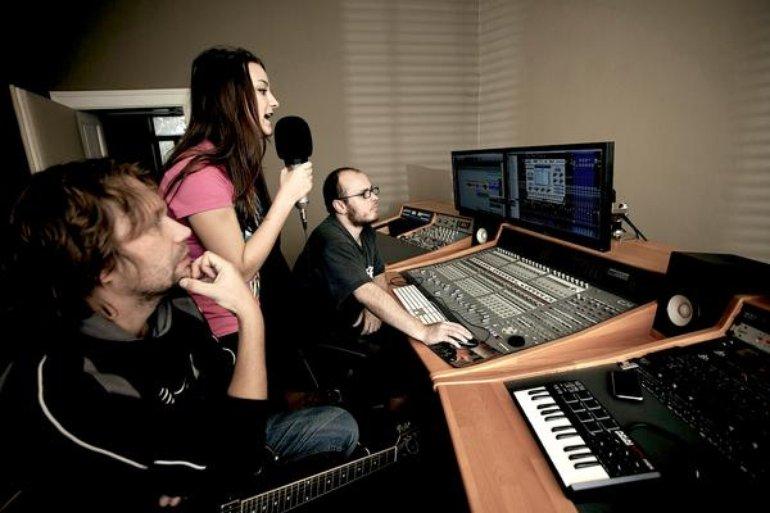 Peha & Roumy in rec. studio (2011)