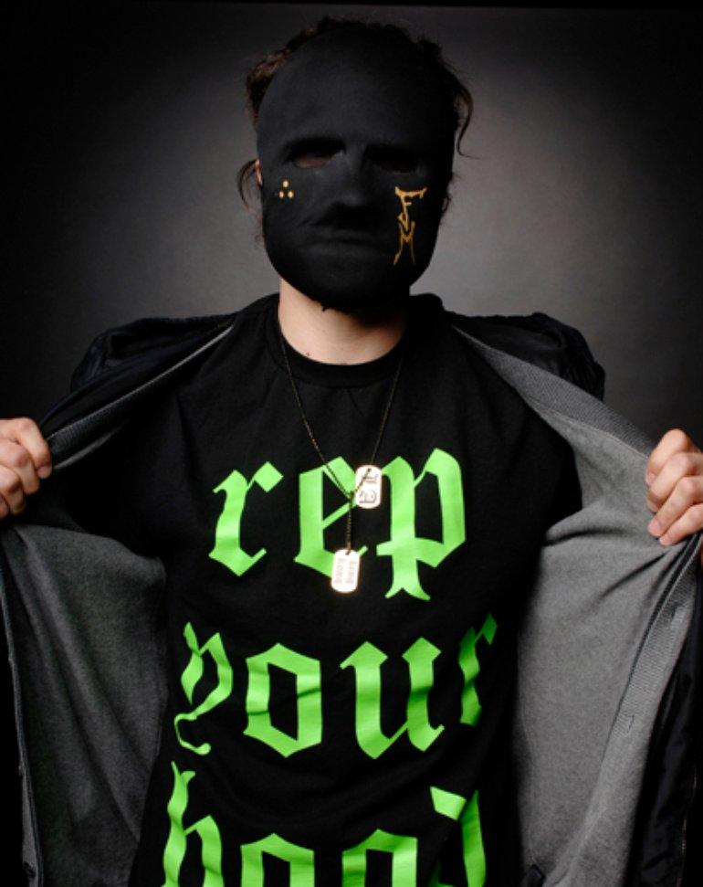 MTV.com Exclusive Hollywood Undead [by Brian Appio, 2009]