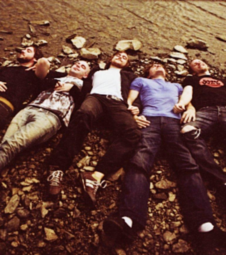 circa survive lieing down