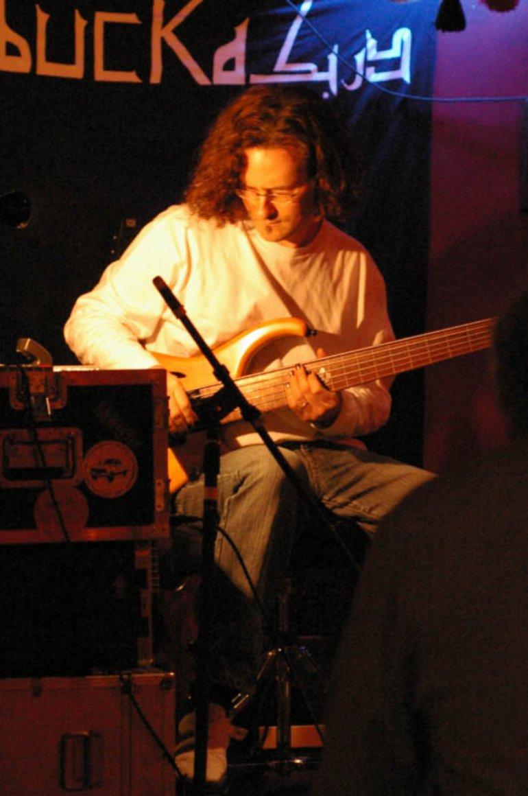Steve Lawson, live at Darbucka, London