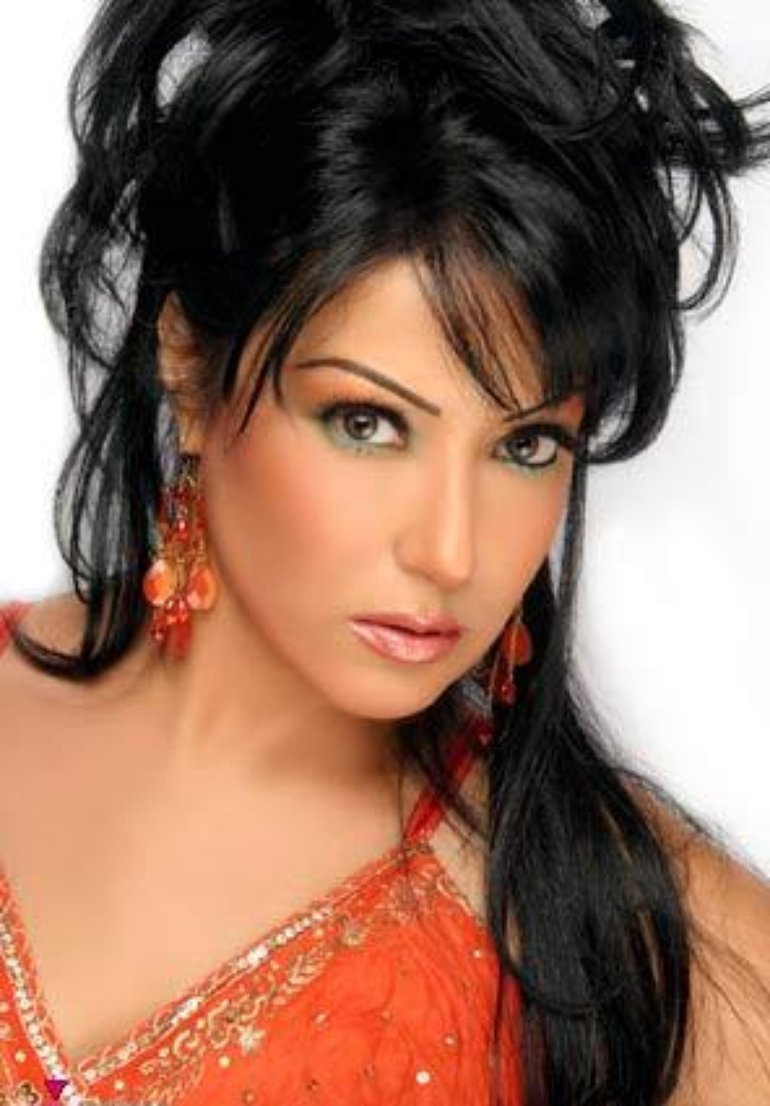 Somaya El Khashab Nude Photos 32