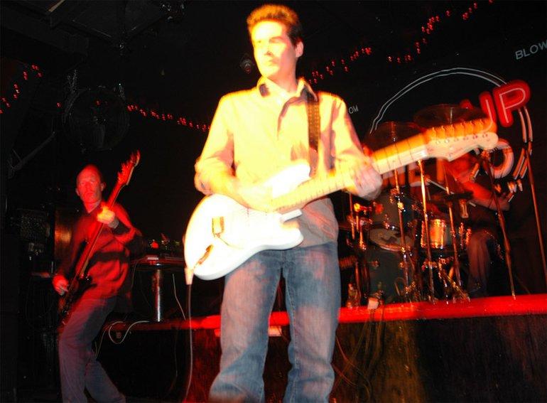 """Carlos \""""Mad Dog\"""" Black - Guitar"""