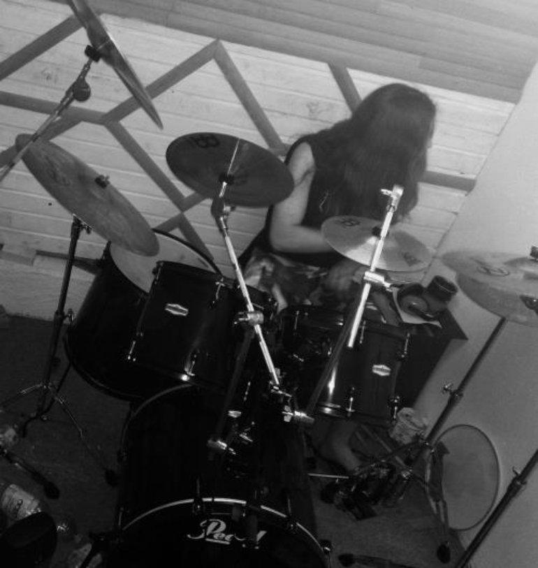 (Norgarth) - Drums