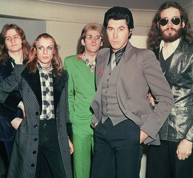 Roxy Music - Street Life Lyrics | Musixmatch