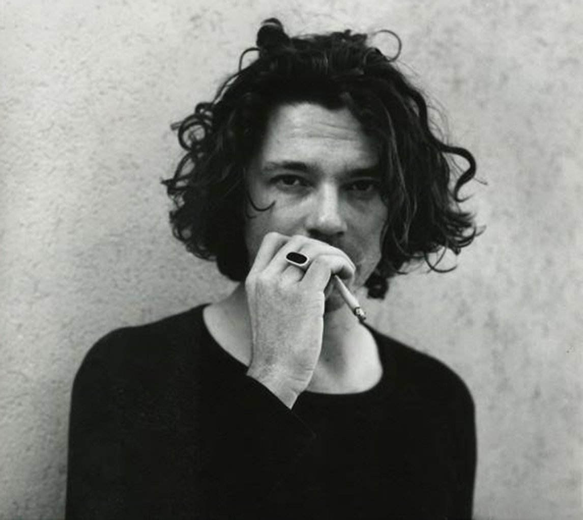 Michael hutchence news metrolyrics pictures michael hutchence pictures nvjuhfo Gallery