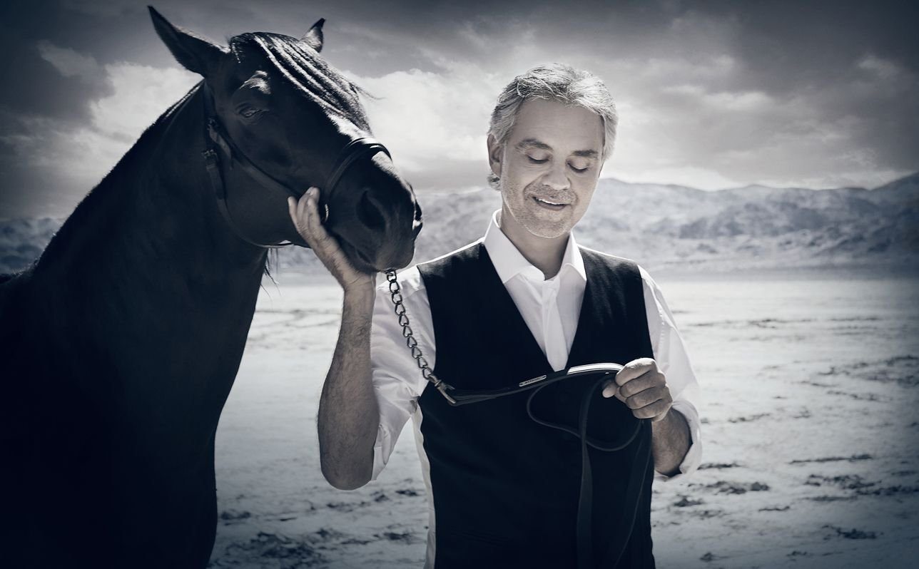 Andrea Bocelli Pictures