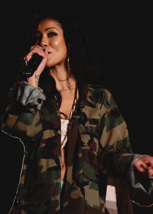 Jhene Aiko Pictures | MetroLyrics