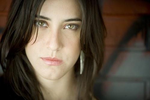 Mariana Vega Lyrics, Music, Ne...