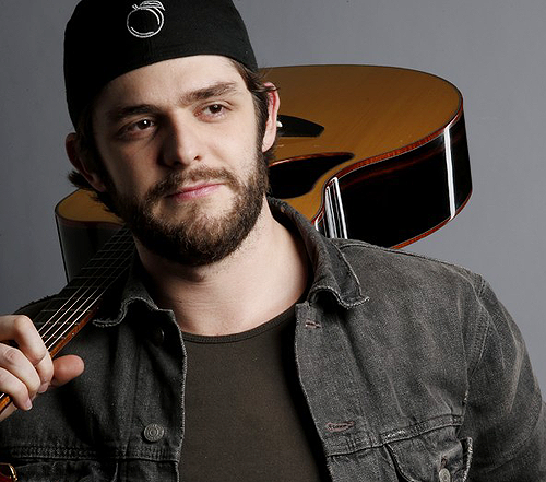 hhThomas Rhett - artist photos