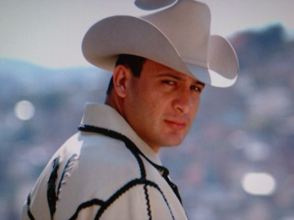 Valentín Elizalde Valentin Elizalde Lyrics Music News And Biography  MetroLyrics