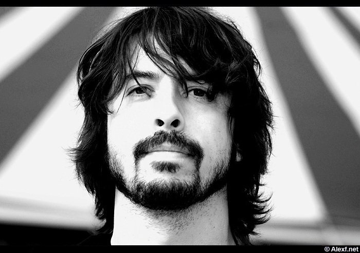 dave grohl 1 day ago  smashing pumpkins frontman billy corgan reacted to rock stars like himself,  pearl jam frontman eddie vedder, and foo fighters frontman.