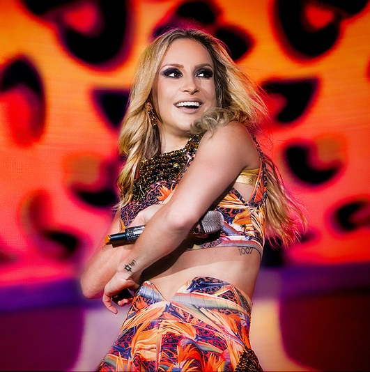 Claudia Leitte Pictures | MetroLyrics Justin Timberlake Song