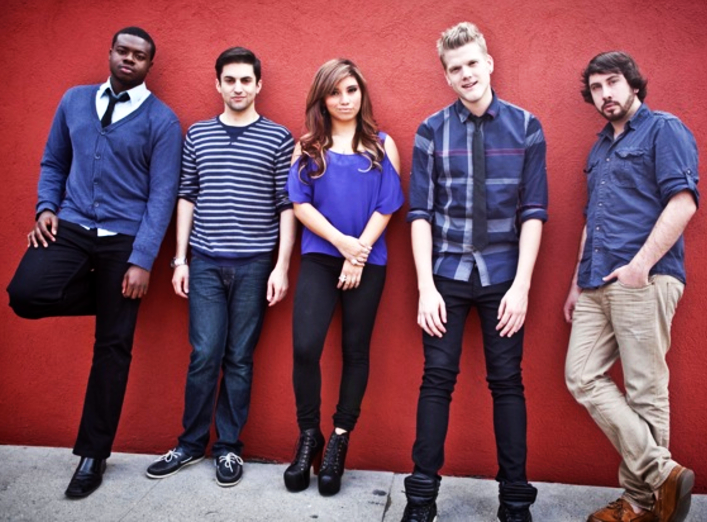 Pentatonix Christmas Songs.Pentatonix News Metrolyrics
