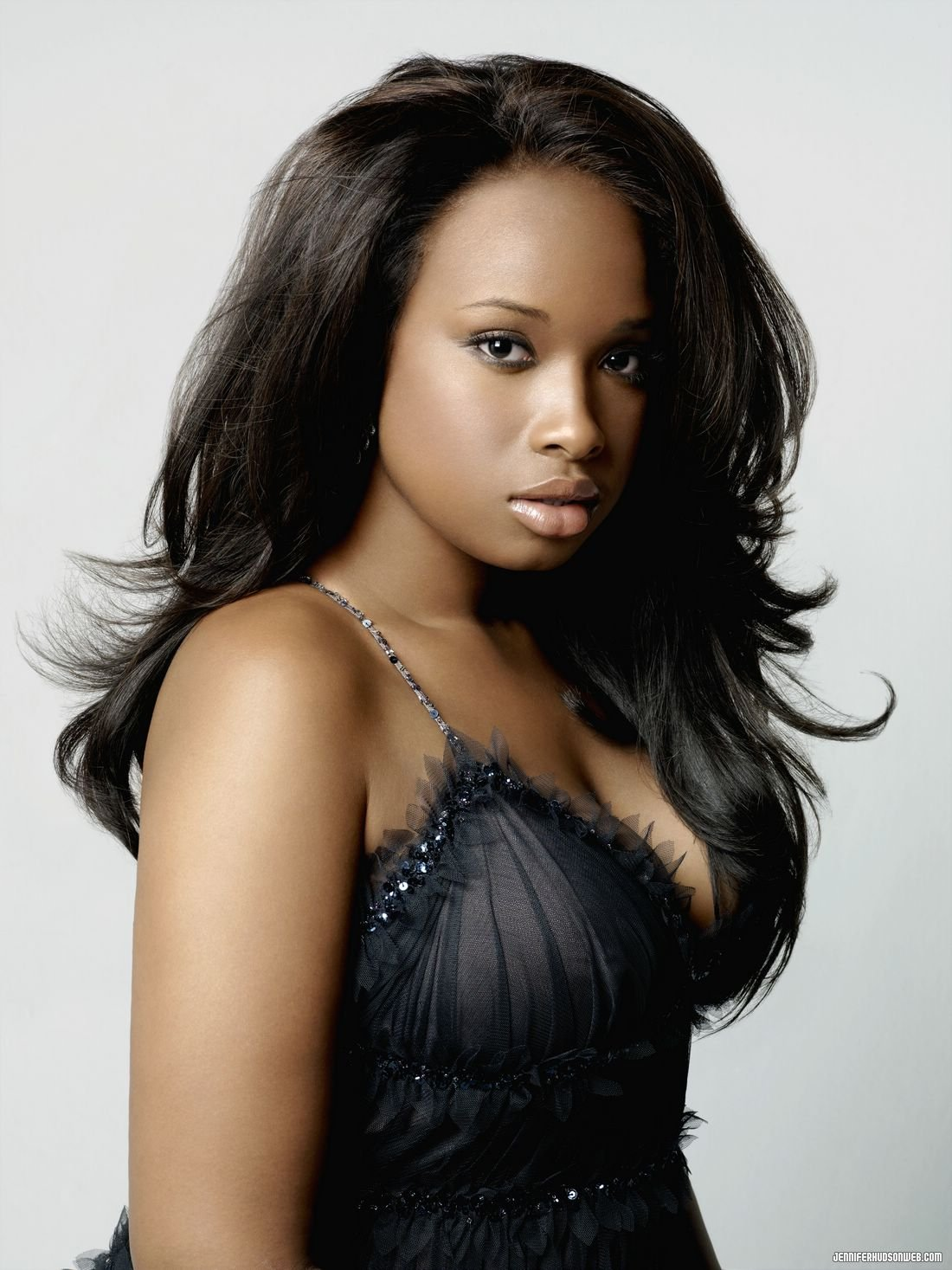 Jennifer Hudson Pictures | MetroLyrics