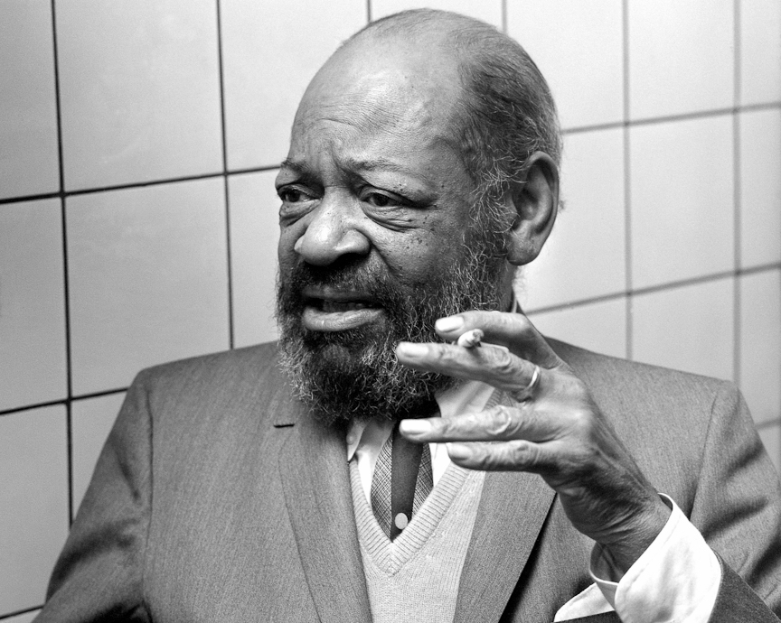 coleman hawkins On 11 october 1939, coleman hawkins went into new york's rca studios with an eight-piece band to record the 1930 composition body and soul it was already a favourite.