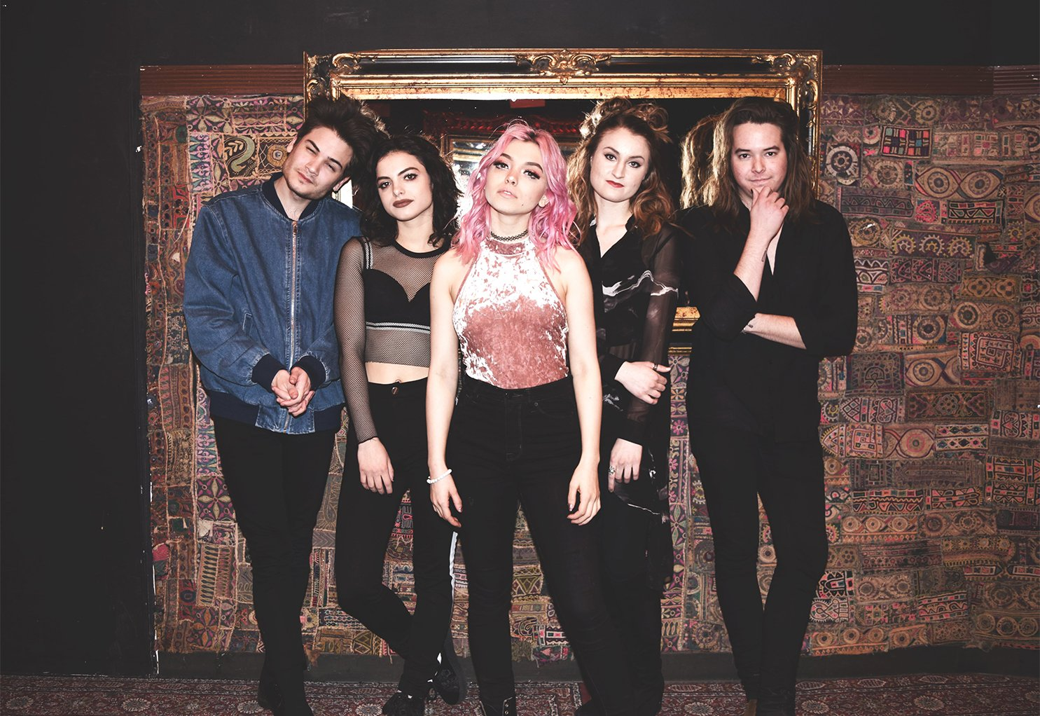 Hey Violet Hoodie Lyrics Metrolyrics