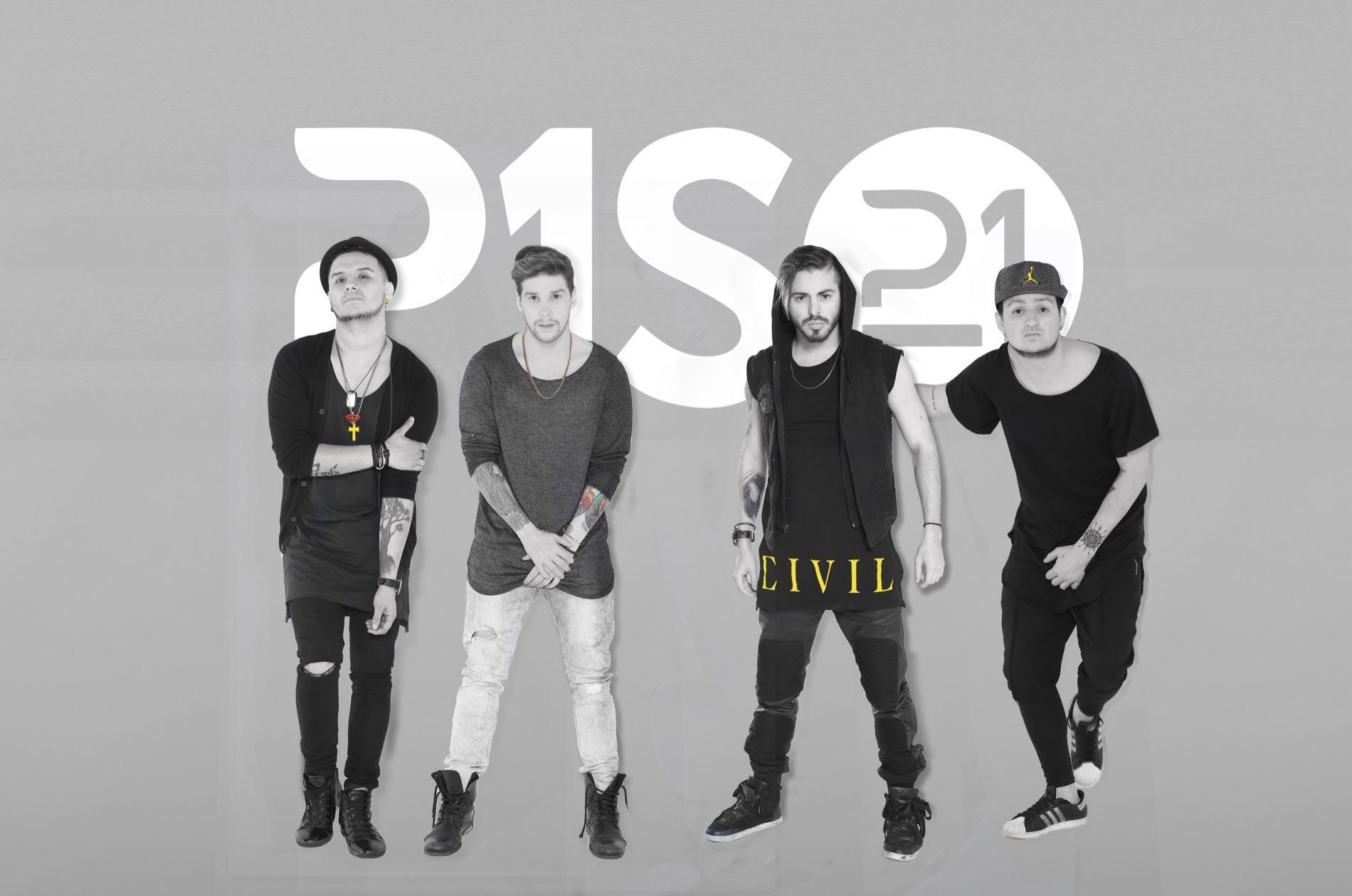 Piso 21 lyrics music news and biography metrolyrics for Piso 21 me llamas letra