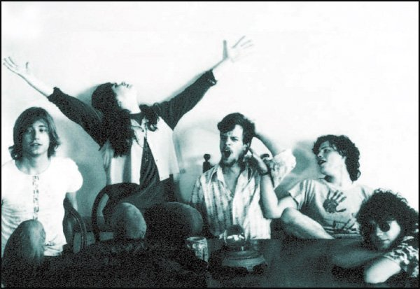 Edie Brickell & The New Bohemians - Good Times Lyrics | MetroLyrics