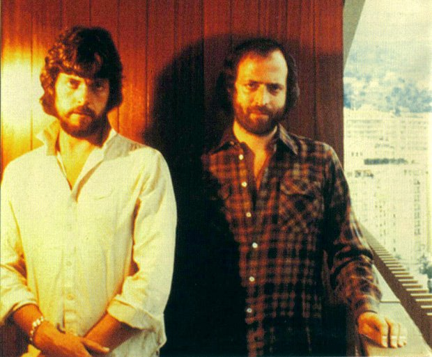 the alan parsons project The alan parsons project were a british progressive rock band, active between 1975 and 1990, consisting of eric woolfson and alan parsons surrounded by a varying number of session musicians and some relatively consistent band members such as guitarist ian bairnson.
