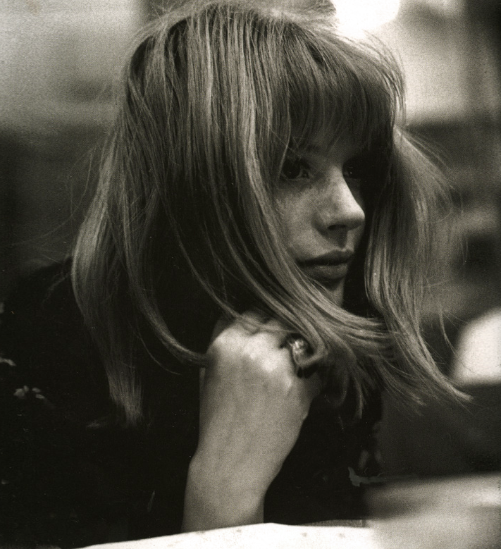 Marianne Faithfull -- The Ballad Of Lucy Jordan HD - YouTube