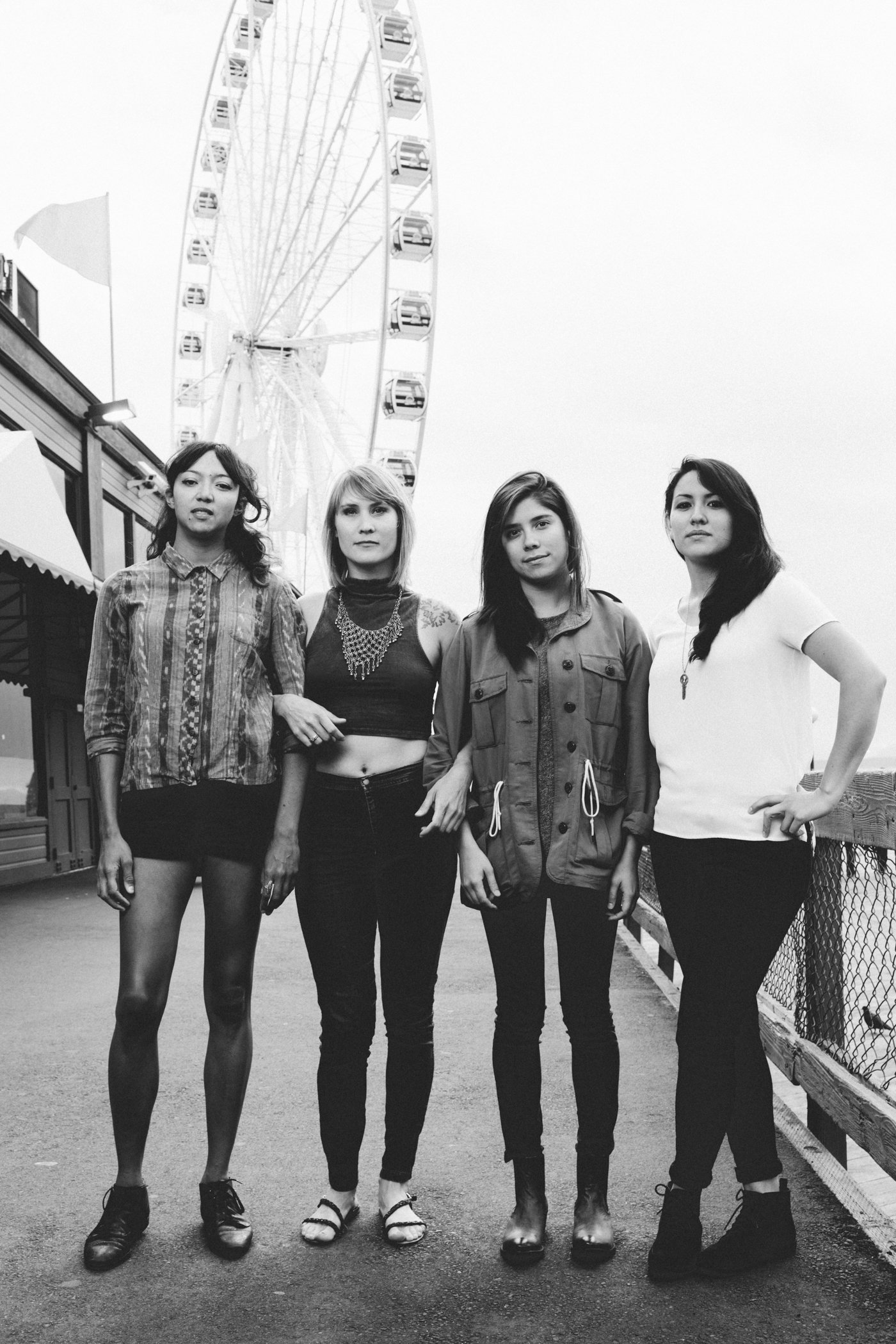 la luz The latest tweets from la luz (@laluzers): holy smokes only 4 shows left in euroland come see us in hamburg tonight, then the netherlands and istanbul.