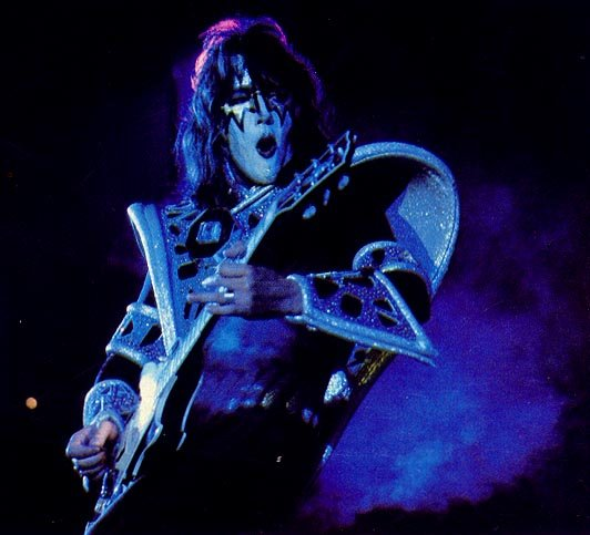 KISSMONSTER - Interviews - Ace Frehley