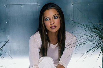 hhVanessa Williams - artist photos