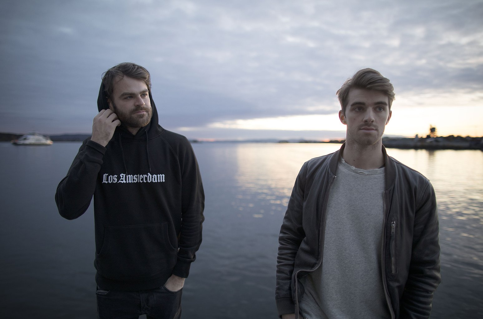 hhThe Chainsmokers - artist photos