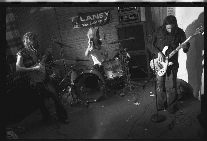Judas Priest - Dragonaut Lyrics | MetroLyrics