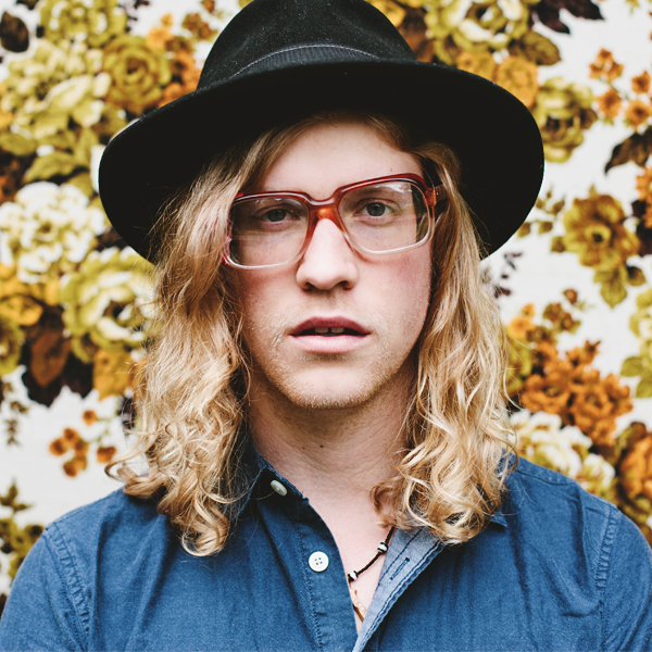 Allen Stone Pictures | MetroLyrics