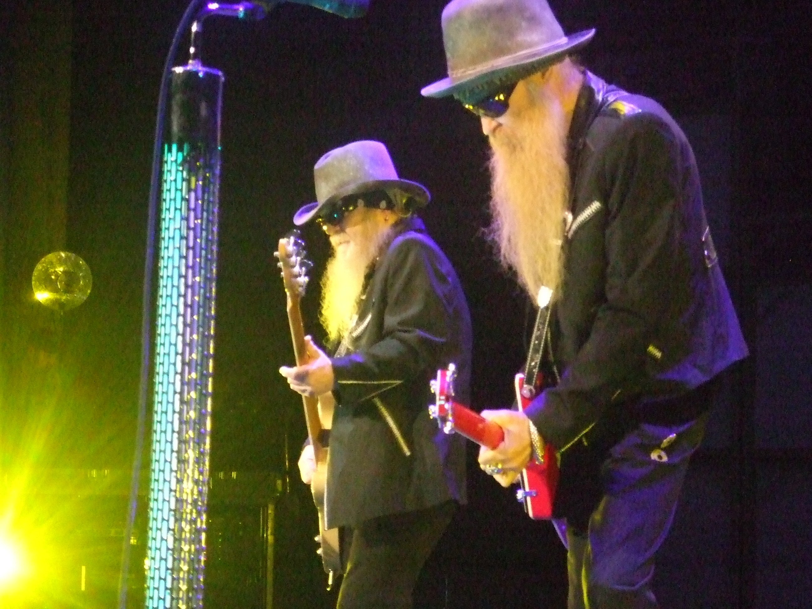 3814ac17ba9 Zz Top Cheap Sunglasses Live - Bitterroot Public Library
