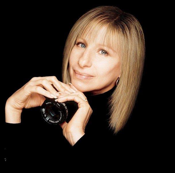 hhBarbra Streisand - artist photos