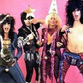 Mötley Xmas & Happy Crüe Year