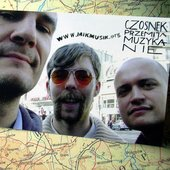 from the left: The Complainer, DEUCE, 8rolek in Paris. 2005 probably.