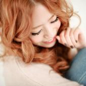 박봄 - By my side promo pic 1