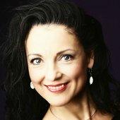 Andrea Gerak portrait by Model House Stockholm (2)