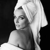 TOWEL SERIES 104, BRITNEY SPEARS.