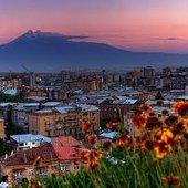 YEREVAN:ARMENIA.  argazkia: Andrew Behesnilian.