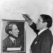© 1936 - Fox Photos