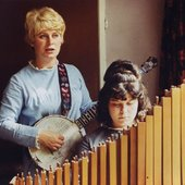 Shirley & Dolly Collins