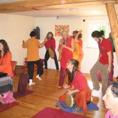"Live-Celebration in the \""Zorba the Buddha Meditationspace\"" at BuddhaHill"
