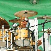 Errol Bradshaw на набережной в кафе Weiser's Beach Bar, Бриджтаун, Барбадос.